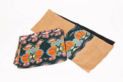 Picture of Timbali Table Runner With Placemats - Africa
