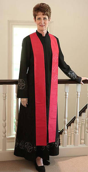 Picture of WomenSpirit Crossroads Pastor Stole