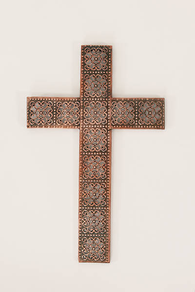 Picture of LoveLea Reflections Large Wall Cross: Bronze