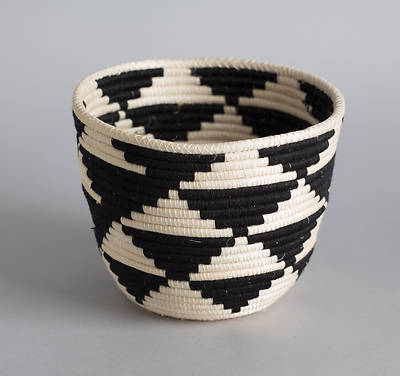 Picture of Triangles Rwandan Basket