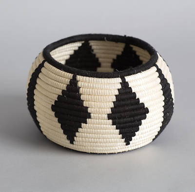 Diamond Rwandan Basket
