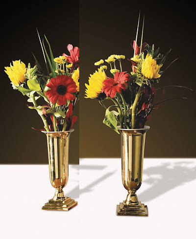Picture of Sudbury LC914 Solid Brass Vases