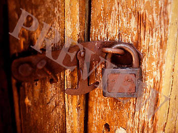 Download Still Wood Door Lock