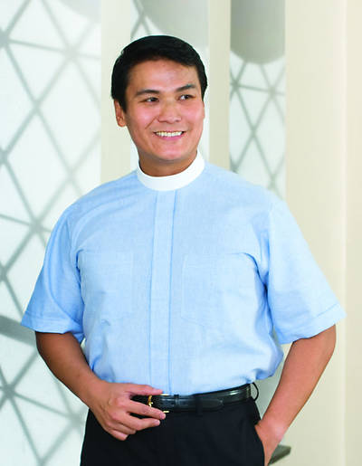 Signature Short Sleeve Clergy Shirt with Neckband Collar Blue - 15 1/2
