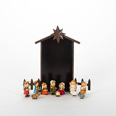 Bronze Star Manger Nativity with White Angel