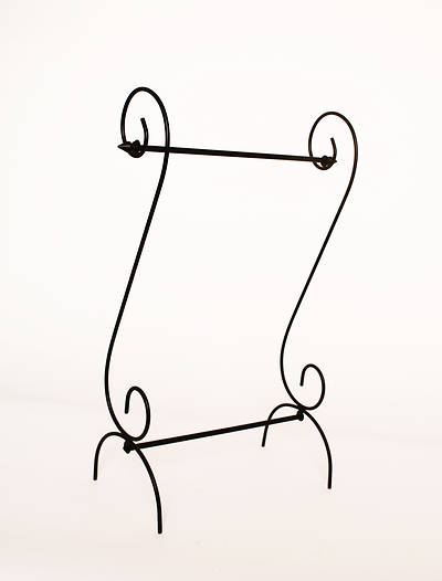 Picture of Estate Scroll Garden Flag Stand