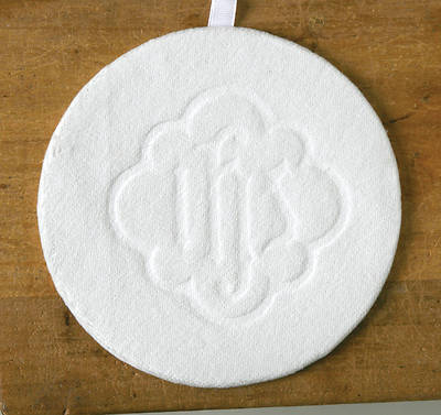 Picture of Artistic Offering Plate Mats - White