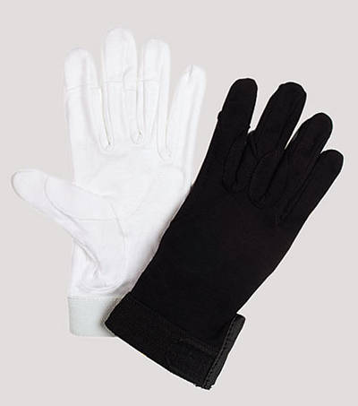 Picture of UltimaGlove without Plastic Dots Handbell Gloves - White, Medium