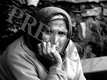 Download Still Old Woman