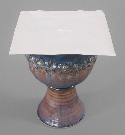 Picture of Cambric Linen Chalice Pall with Latin Cross - Pack of 3