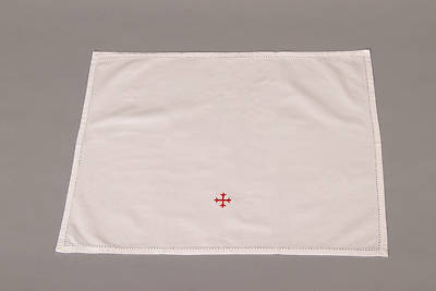 Picture of Cambric Linen Lavabo Towel with Red Cross - Pack of 3
