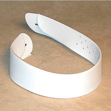 """Picture of Clericool Collar 1-1/2"""" High, 19"""" Neck"""