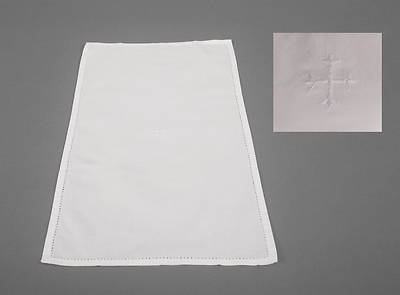 100% Cotton Bread Plate Napkin with White Cross