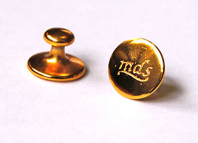 Picture of Brass Collar Buttons