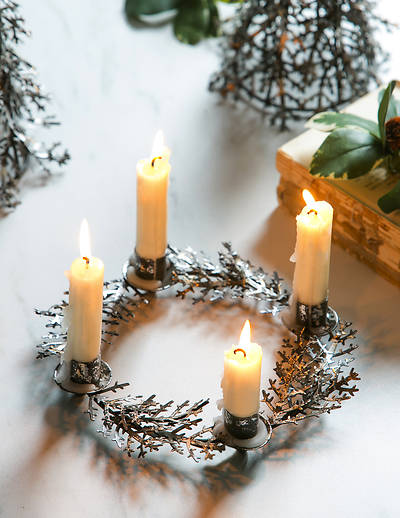 Metal Botanical Wreath Taper Candle Holder
